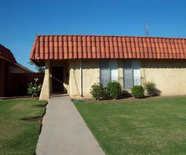 535 W. Santa Ana Clovis, Ca. 93612